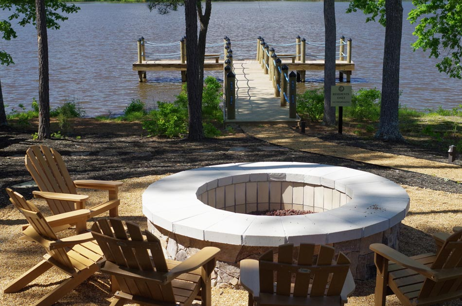 The-Landing-firepit-dock